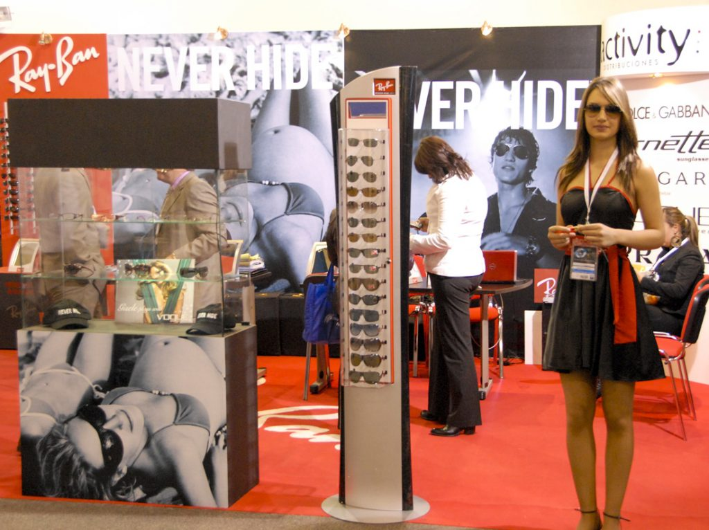 Stand Rayban